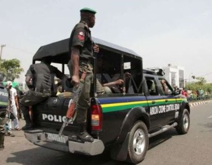 'AIG' Arrested In Abuja With 11 ATM Cards