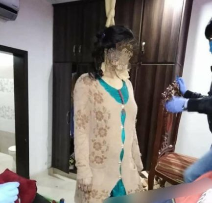 She refused to abort the pregnancy when they discovered it was a girl Husband hangs his 8-month pregnant wife.(graphic photos)